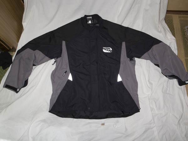 MSRのアタックジャケット