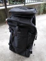 モンベルのトラベルバッグ